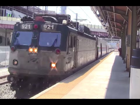 ᴴᴰ Amtrak and MARC Action at Baltimore Penn Station