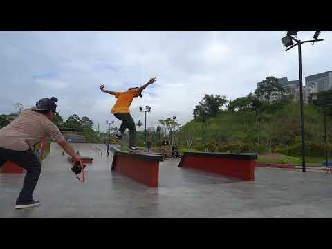 Skate di Jakarta BSD Extreme park. Pevi Permana #Vlog18