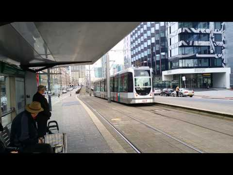 RET Rotterdam Citadis Trams vanuit Leuvehaven