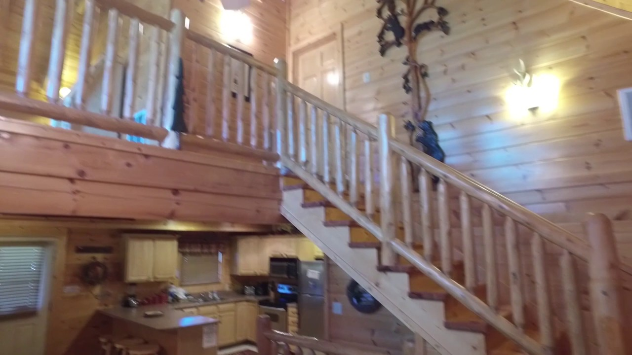 rental lodge bedroom view rentals cabins forge new luxury grand pigeon cabin sleeps large by