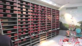 Магазин детской одежды, Paris, 2010(, 2011-11-14T19:08:53.000Z)