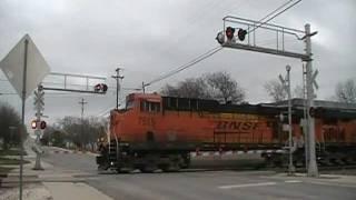 BNSF Train meet and a horn show    Lometa,Tx    01/08/12
