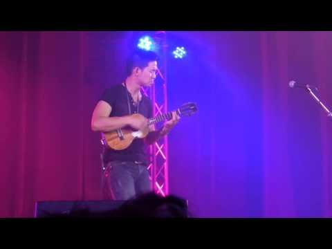 """Jake Shimabukuro - """"Dragon"""" (electric ukulele) - Grand Ukulele Live in Bangkok - Meniscus Magazine"""