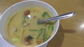 Том Ям, Пад Тай и другие блюда в кафе Таиланда. Тайская кухня