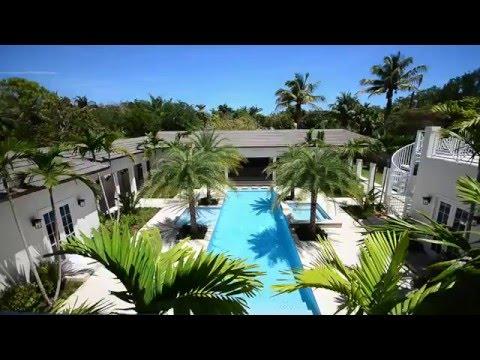 Tropical Contemporary Estate in Pinecrest, Florida