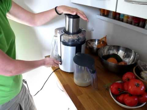 Kuvings Whole Slow Juicer Good Guys : versapers slowjuicer vs. sapcentrifuge Doovi