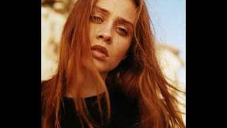 Fiona Apple_ Sullen Girl (Live at the Troubadour - 1996).mpg