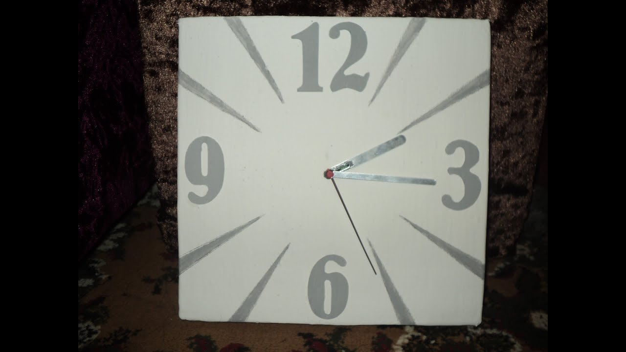 comment fabriquer une horloge. Black Bedroom Furniture Sets. Home Design Ideas