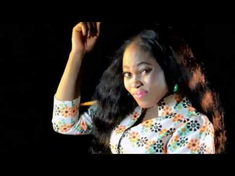 Joyce Blessing - Monko Mo Akyi: Joyce Blessing - Monko Mo Akyi 2013 Ghana Gospel Music PLEASE NOTE: Unauthorized upload of this video is prohibited. Any unauthorized copy on any YouTube channel will be taken down. (C) 2013. ETA Music