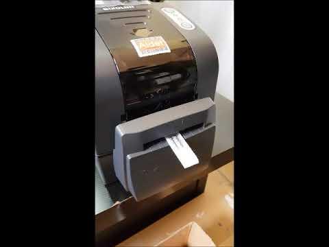 Impresora Etiquetas Bixolon TX220 Imprimiendo Y Cortando RASO Y Poliamida Textil