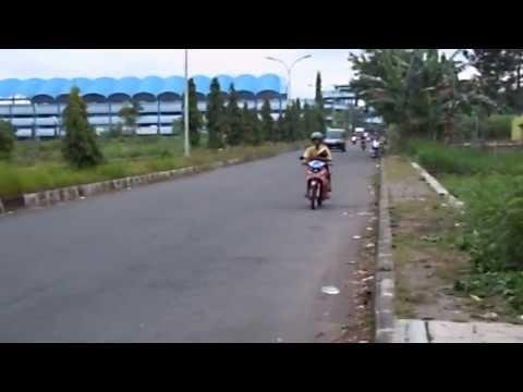 Latihan Road Race di jln depan Stadion Maguwoharjo, Yogyakarta. Part 1