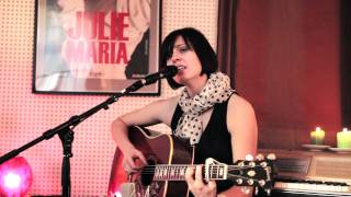 """Julie Maria - """"Gå alene"""" (HD) (fra albummet 7 sange) (official)"""