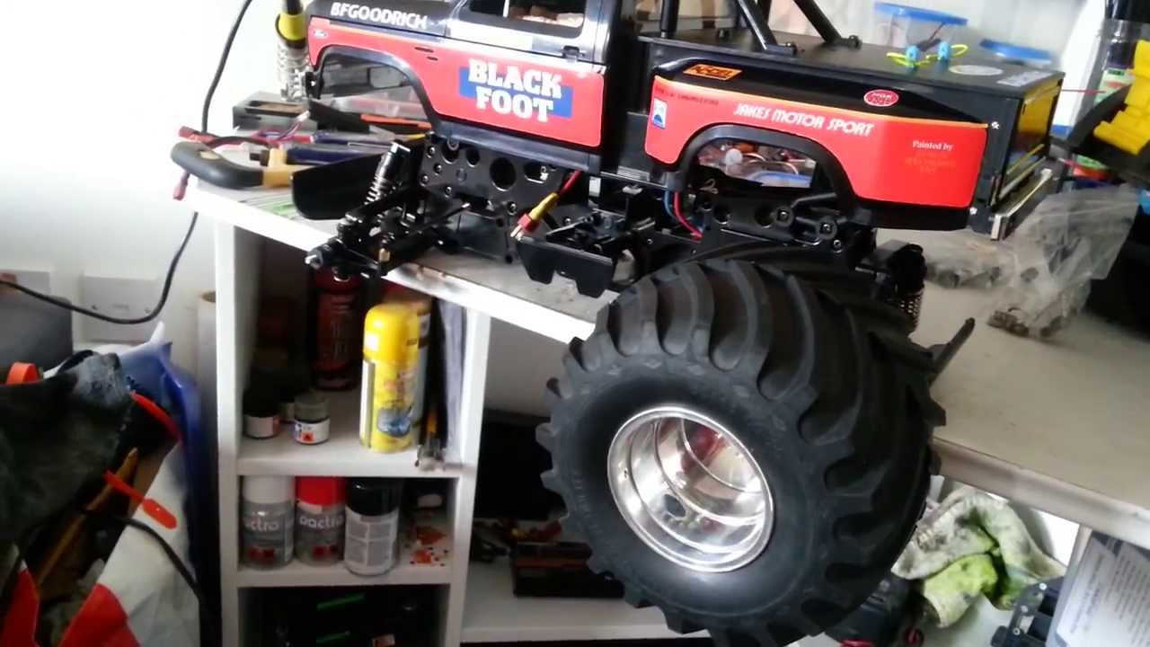 cheap rc truck with Watch on Number4449 additionally Watch moreover Pink And Courtney Force Editions Of The Slash St ede Bandit And Rustler likewise Ferrari Laferrari Official 963 Hp Limited To 499 Units furthermore Evocustoms Zeus V2 Trophy Truck.