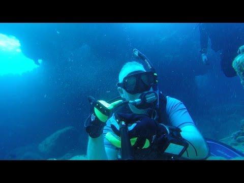three-tables-scuba-dive.-north-shore,-oahu,-hawaii.-28jul15