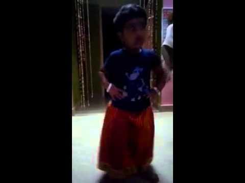 Rajini murugan - aavi parakum tea kadai song