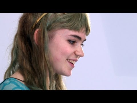 Grimes Interview 2012: Claire Boucher Discusses Artistic Alter-Ego, Album 'Visions'