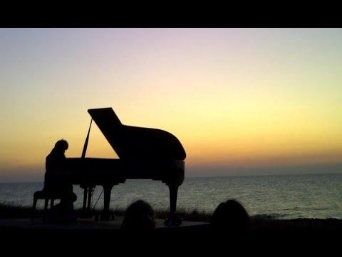 Musica pianoforte rilassante suoni binaurali per relax for Youtube musica per dormire