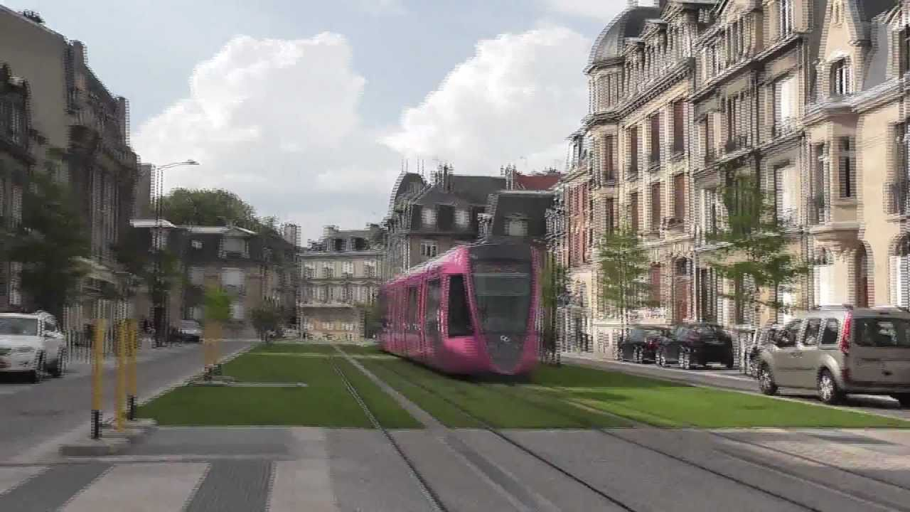 Tramway de reims 7 centre ville youtube for Piscine tiolette reims