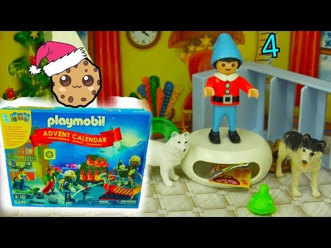 Elf Mess - Playmobil Holiday Christmas Advent Calendar - Toy Surprise Blind Bags  Day 4