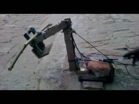 how to make a hydraulic crane with syringes