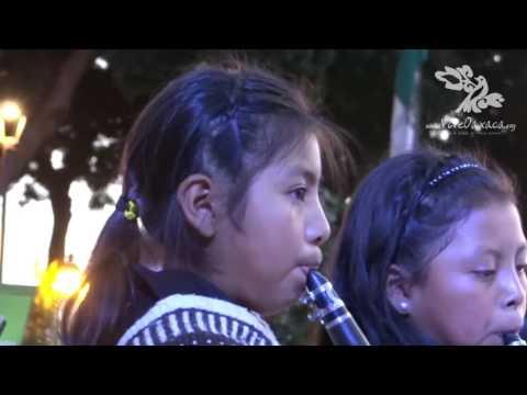 Concierto de Bandas Indígenas de Oaxaca 2015 (1, 200 músicos)