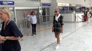 EXCLUSIVE : Model Hailey Baldwin arriving at Cannes airport