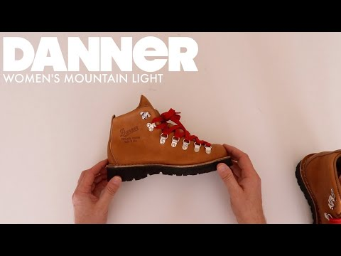 DANNER #31521 | WOMEN'S MOUNTAIN LIGHT CASCADE [ The Boot GUy Reviews ]