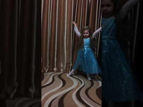 Танец Вероники, 4 года
