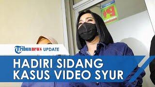 Hadiri Sidang Kasus Video Syur Mirip Dirinya, Syahrini Memberikan Ketarangan