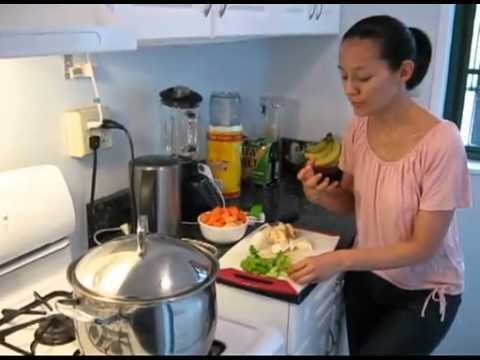 Rica sopa de vegetales comida para bebes y ninos hecho x for Que cocinar con verduras