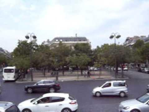 Paris - Place Charles de Gaulle