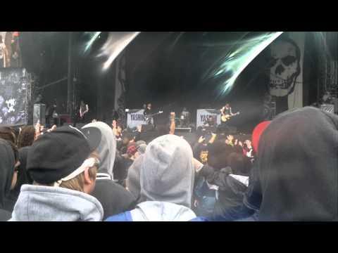 Yashin  Get loose !   at Download 2011