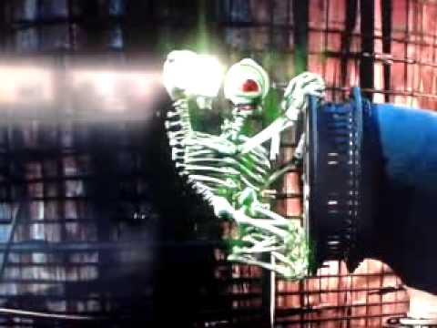 Scooby Doo 2 Velma's escape from the Skeleton men - YouTube