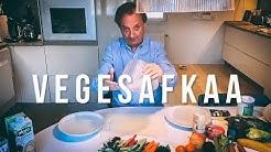 Hjallis kokkaa VegeRuokaa!