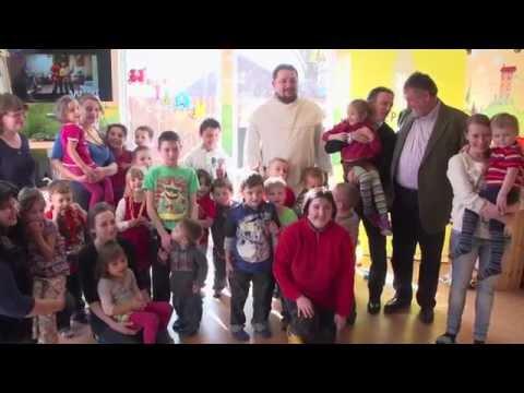Herbert Stepic and Aris Bogdaneris visit the Children's Center in Fastiv.