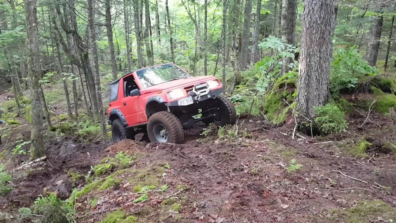 Geo tracker on toyota axles climbing steep hill