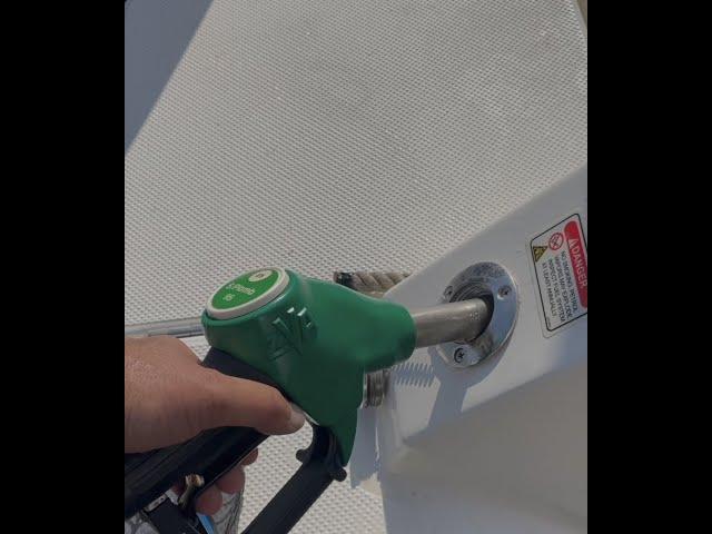Tuto 04 Comment Faire Le Plein essence au port d'Arcachon  Station service Bassin d'Arcachon HD