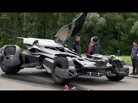 Batmobile 'Batman v Superman' Featurette [+Subtitles]