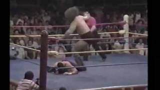Texas Red (The Undertaker) vs. Bruiser Brody