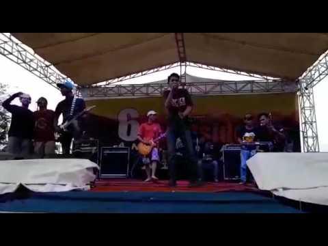The Choky Orange - Persija Melumpuhkan Logika (Live)