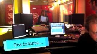 Babbo Baby - Asganaway canta la canzone di Natale di Radio DEEJAY