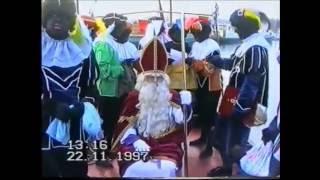 Aankomst Sinterklaas met Zwarte Pieten op de Loswal in Maurik 1997