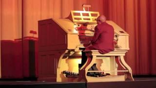 Castro Theatre Organ - Colonel Bogey March (Bridge on the River Kwai theme)