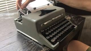 eBay 112480567706 1949 Royal Quiet De Luxe Typewriter 100% Functional