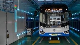 Shanghai desinfiziert Busse mit UV-Licht