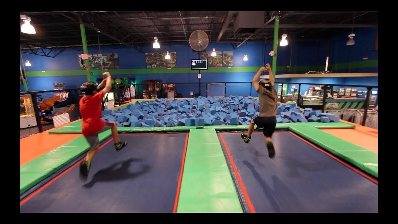 Parkour Ninjas Dodgeball Trampoline
