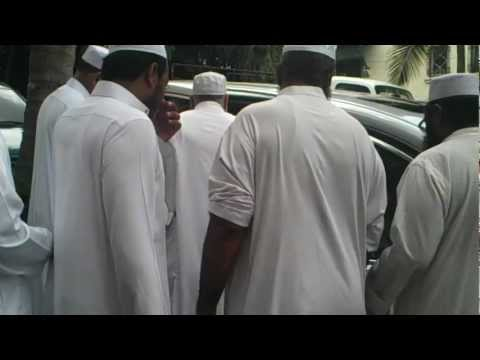 Maulana Tariq Jameel and Sayyidah Zaynab bb on Khatme Abu Daud Shareef Perehil Panama