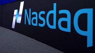 Nasdaq drops in tech sell-off