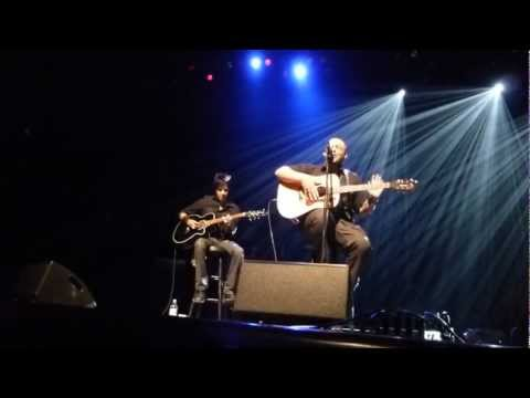Justin Furstenfeld singing a new sg  97X Green Room e Night ly