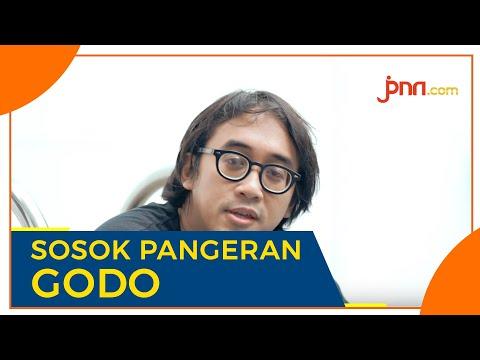 TEATER PANEMBAHAN RESO: Dalami Peran Pangeran Godo, Dimas Danang Panjangkan Rambut